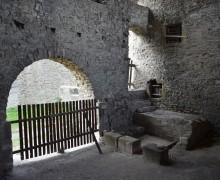8. Pohled na hladomornu (cisternu) v Khuenově paláci